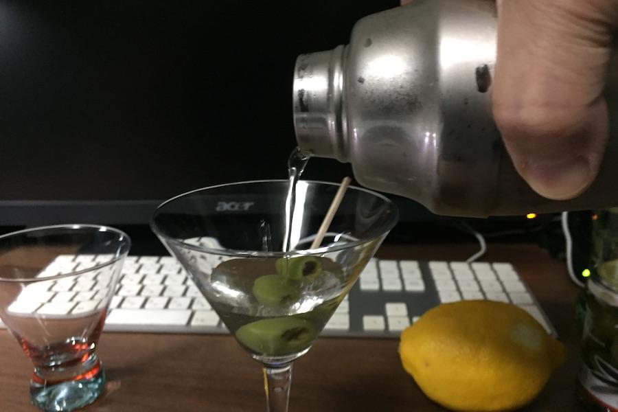 この画像には alt 属性が指定されておらず、ファイル名は cocktail3-12.jpg です