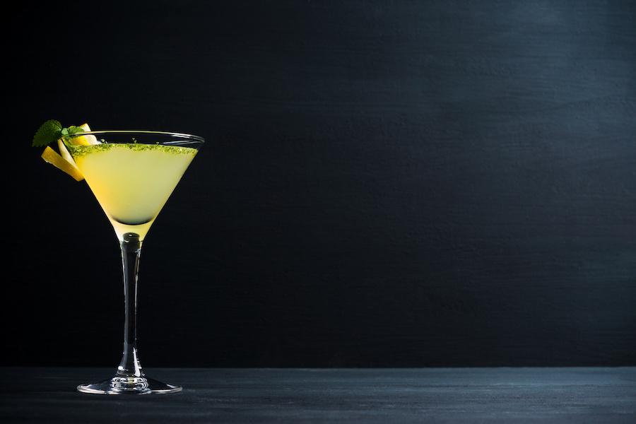 この画像には alt 属性が指定されておらず、ファイル名は cocktail-d.jpeg です